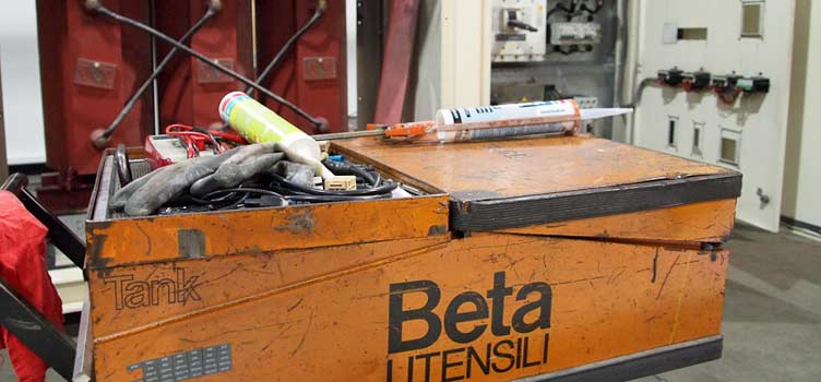Maintenance Electric Cabins